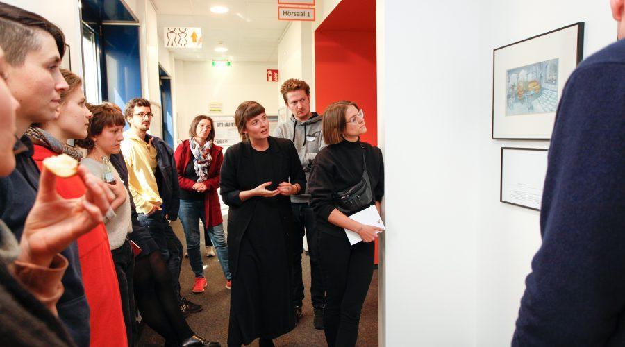 Besichtigung Fotoausstellung IPU