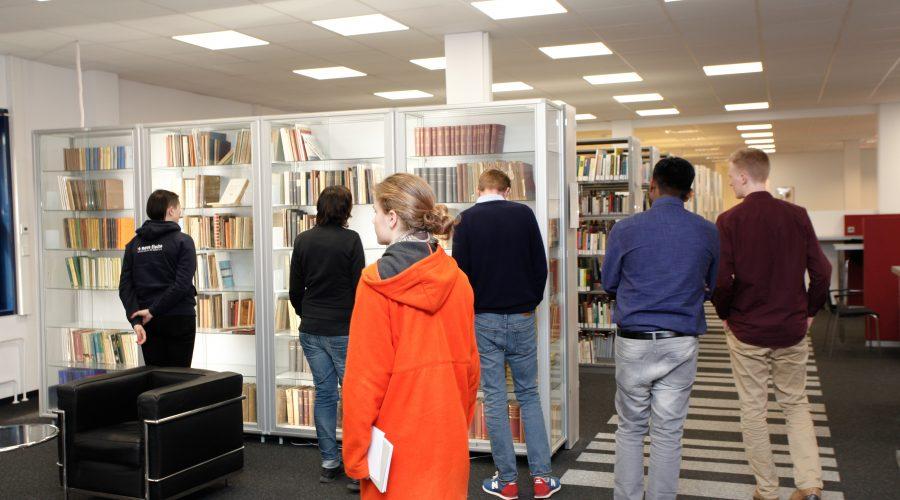 IPU tour - library